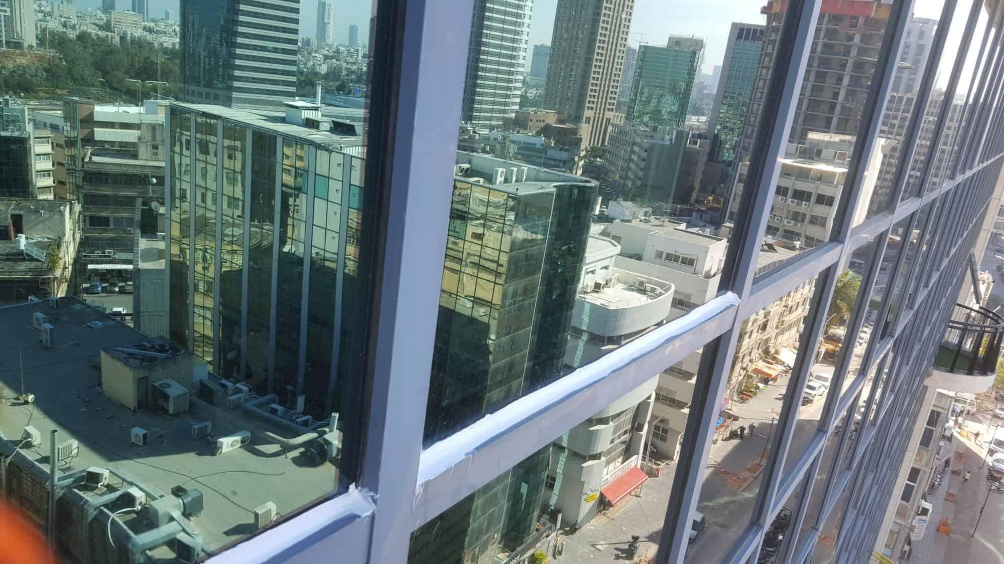 ניקוי חלונות בסנפלינג: עבר, הווה ועוד כמה דברים שאתם צריכים לדעת