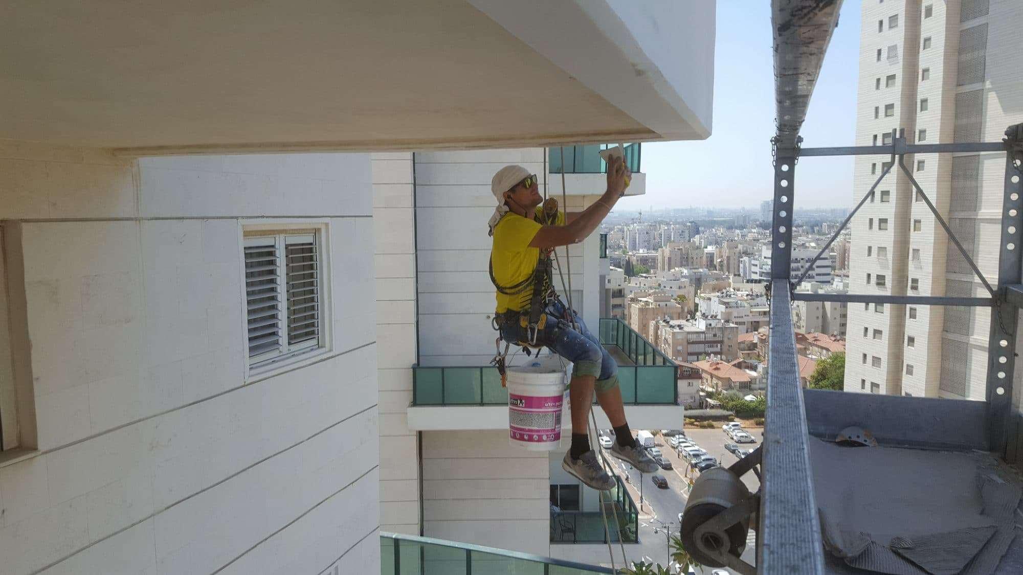 התקנת מרזבים בתל אביב