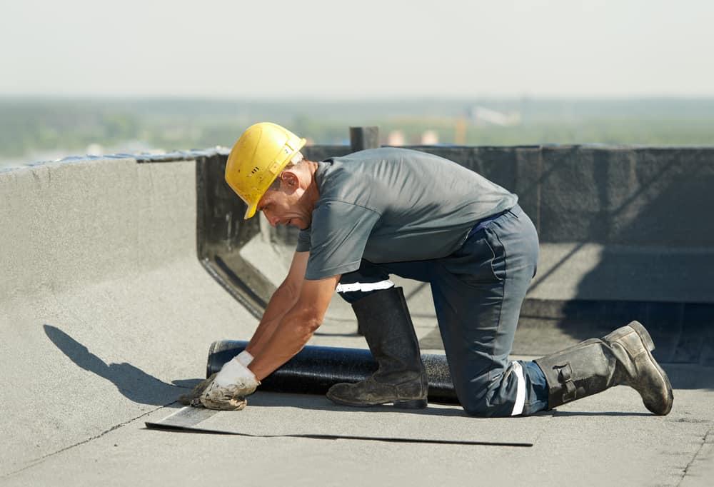 השלבים בעבודת איטום גגות